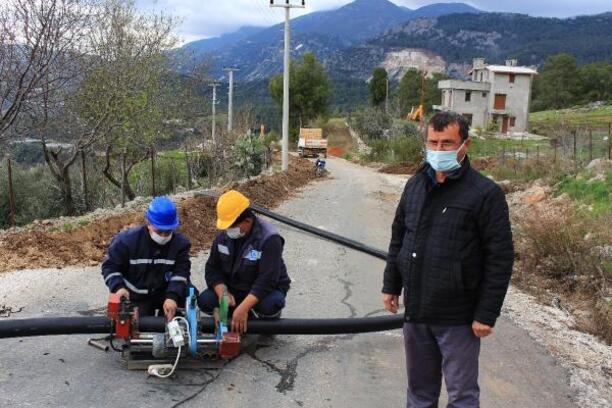 Büyükşehir'den Kumluca'da alt yapı çalışması