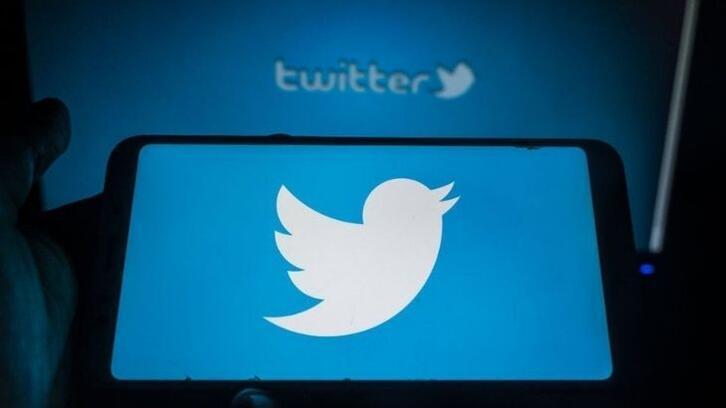 Twitter 373 hesabı kapattığını duyurdu!