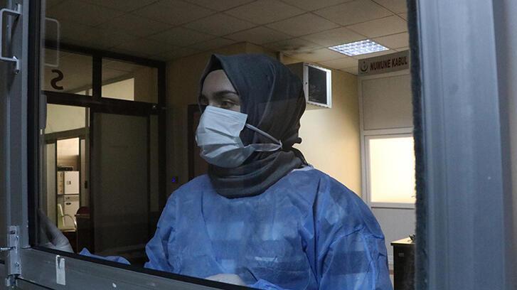 Diyarbakır'da koronavirüs test laboratuvarı ilk kez görüntülendi