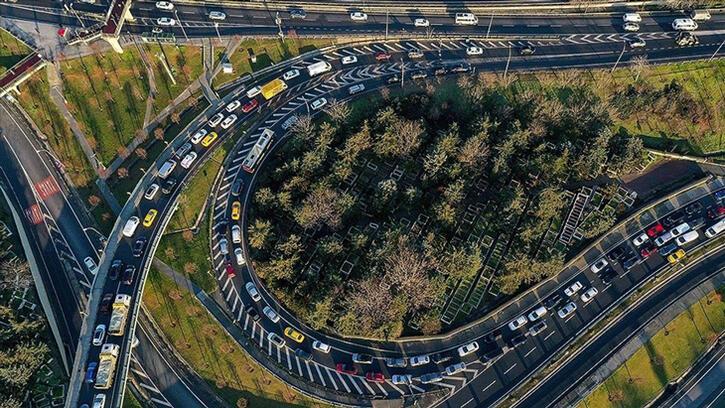 Trafiğe kayıtlı otomobil sayısı 19 yılda 8,5 milyon arttı