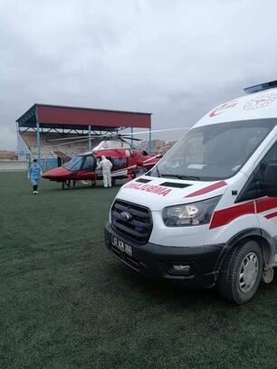 Ambulans helikopter akıma kapılan genç için havalandı