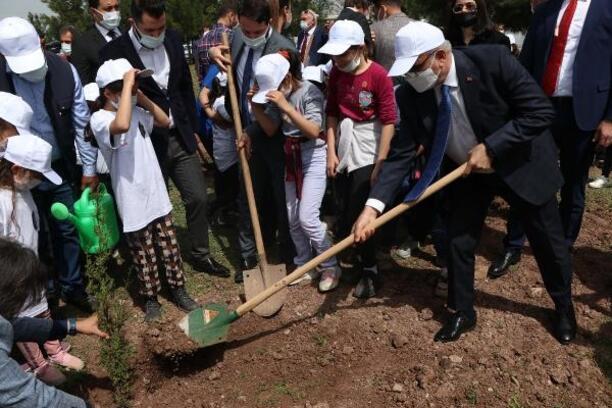 Diyarbakır'da '2121' fidan toprakla buluştu