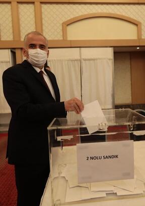 Enerji Kentleri Birliği Başkanlığı'na Zolan yeniden seçildi