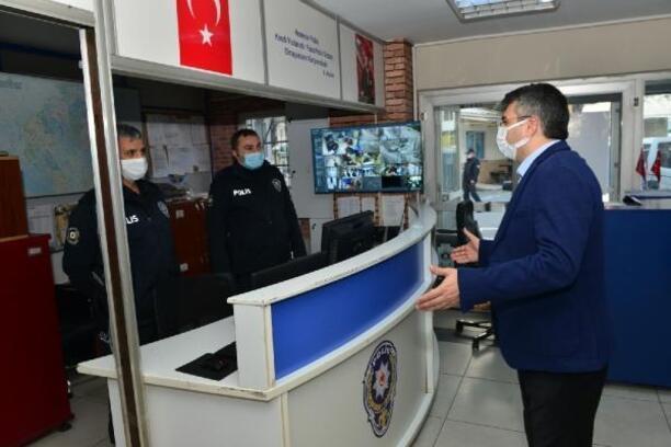 Başkan Yılmaz'dan görev başındaki polislere ziyaret
