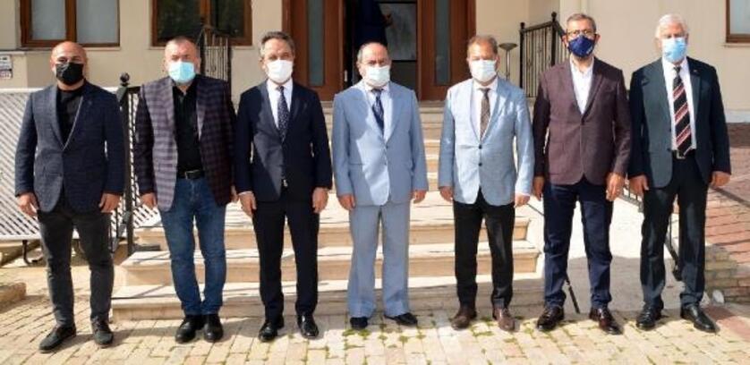 AKAMDER'den Müteahhitler Birliği Başkanı Çakıroğlu'na'hayırlı olsun' ziyareti