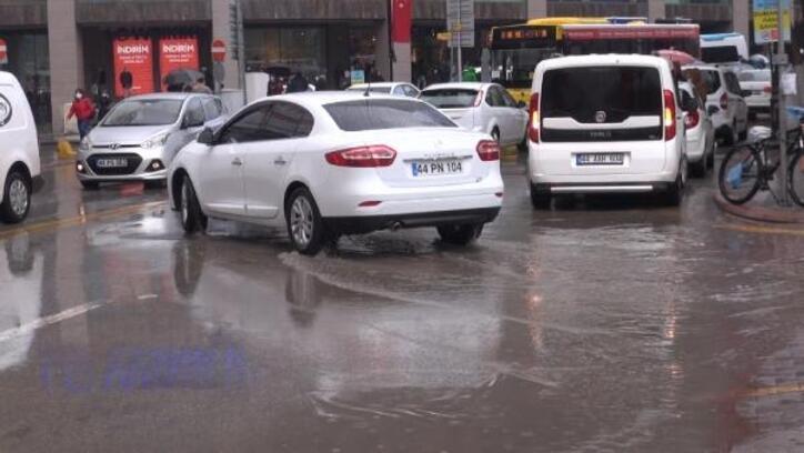 Malatya'da sağanak yağmur