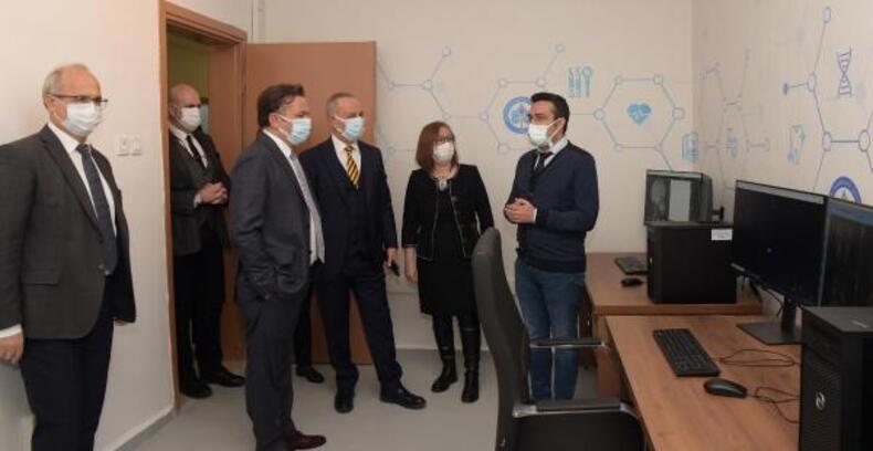 ESOGÜ Diş Hekimliği Fakültesi'nde dental yapay zeka laboratuvarı kuruldu