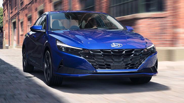 Hyundai, yeni Elantra'yı tanıttı