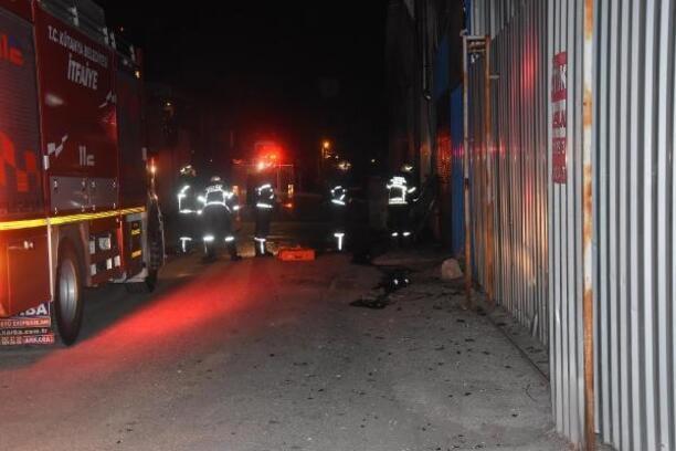 İşyerinde çıkan yangını itfaiye ekipleri söndürdü