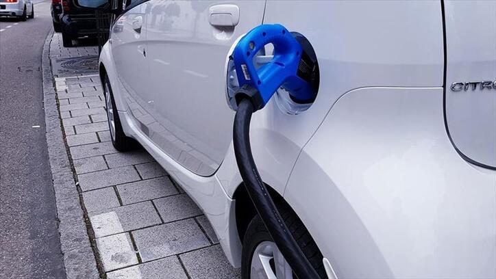 Elektrikli ve hibrit araç satışları arttı