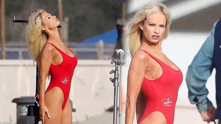 Lily James'ı gören herkes ilk bakışta Pamela Anderson sandı!