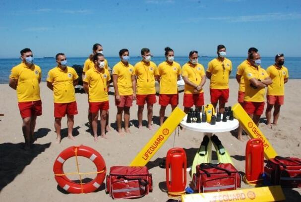 Bartın'da mavi bayraklı sahilde 13 cankurtaran görevlendirildi