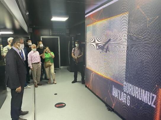 Cumhurbaşkanlığı İletişim Başkanlığı'nın 'Dijital TIR'ı Osmaniye'de