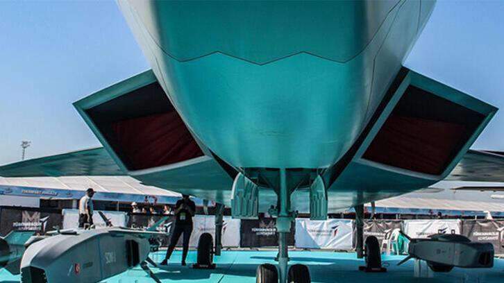Milli Muharip Uçak ilk uçuş tarihi verildi! Sözleşme imzalandı