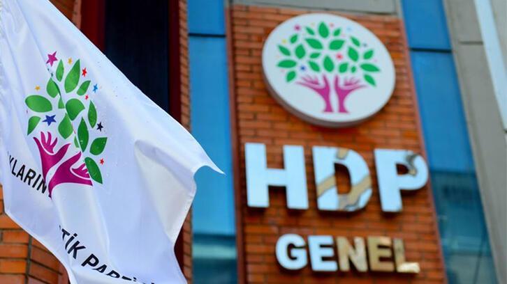 HDP'li 52 vekile siyasi yasak istendi