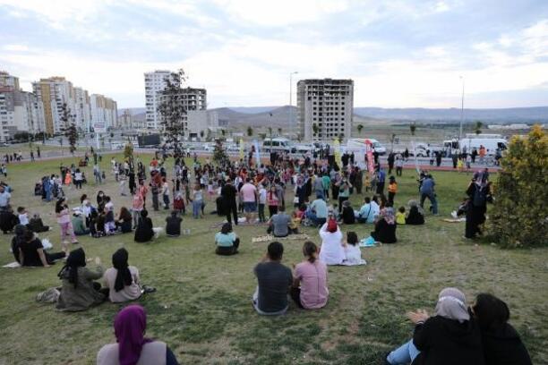 Melikgazi Belediyesi, parklarda müzik etkinliği başlattı