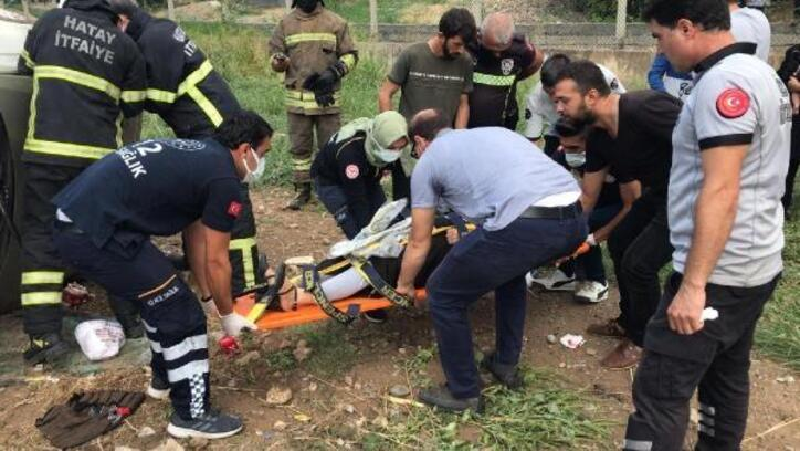 Hatay'da otomobil takla attı: 3 yaralı