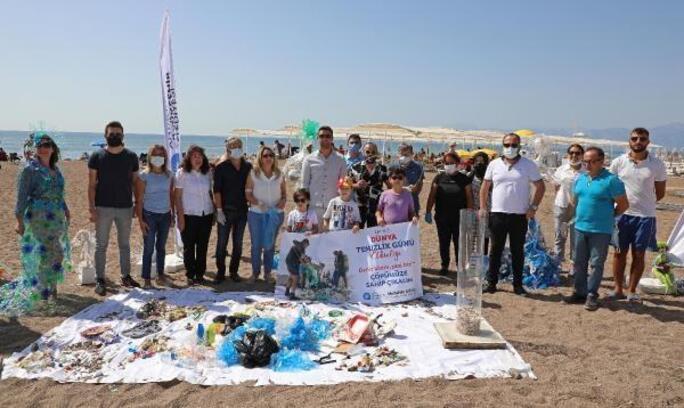 Büyükşehir'den Dünya Temizlik Günü'nde kıyı temizliği