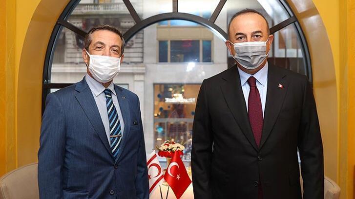 Dışişleri Bakanı Çavuşoğlu, KKTC Dışişleri Bakanı ile görüştü