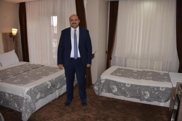 Öğrencilere 3 yıldızlı otel konforunda ücretsiz yurt
