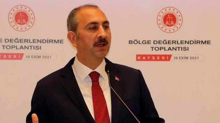 Adalet Bakanı Gül: Yargı asla el uzatılacak bir yer değildir
