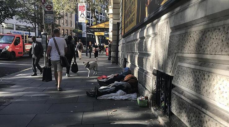İngiltere'de evsiz gençlerin sayısı yüzde 40 oranında arttı