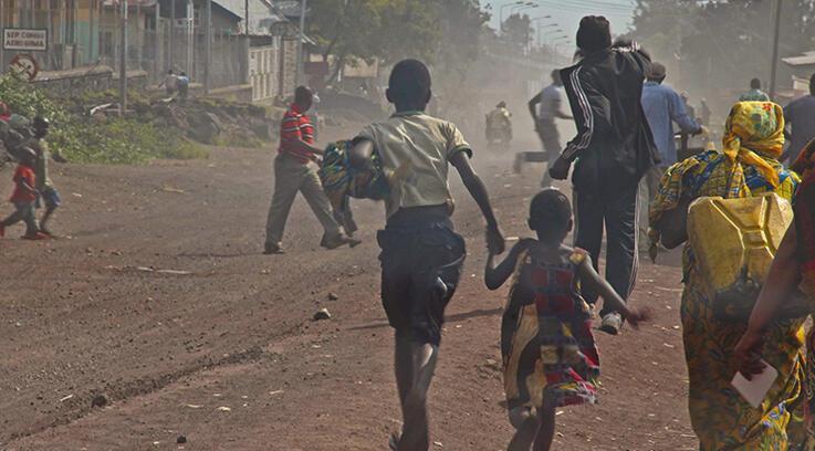 Kongo ve Ruanda ordusu sınırda karşı karşıya geldi