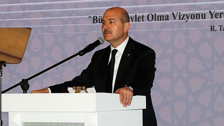 İçişleri Bakanı Soylu, Diyarbakır'da muhtarlarla buluştu