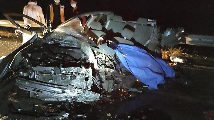 Kontrolden çıkan kamyon dehşet saçtı: 1'i çocuk 3 kişi hayatını kaybetti