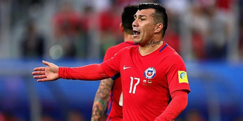 Şili Milli Takımı'nda yeni kaptan Medel!