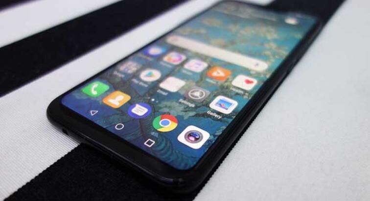 Huawei Mate 20 ve Mate 20 Pro'nun ön paneli internete düştü