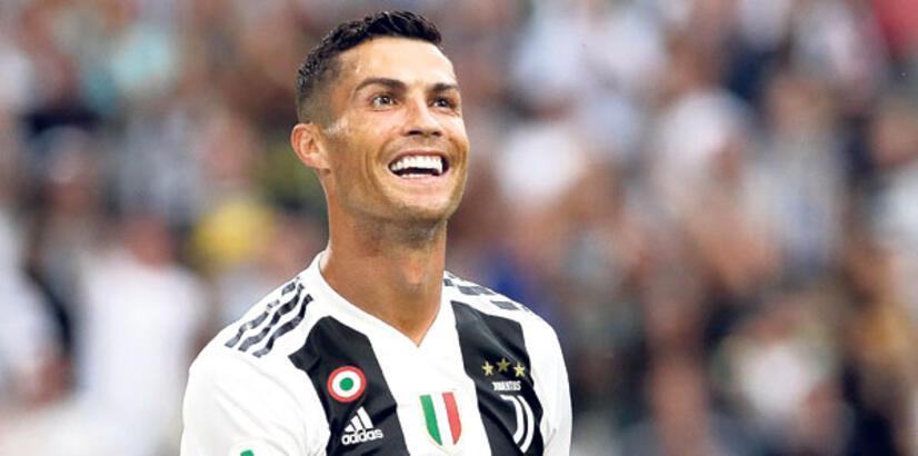 Ronaldo'nun imzası!