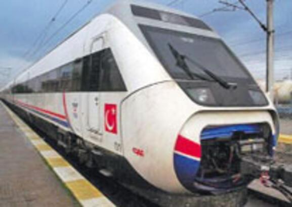 İzmir'den Aydın'a hızlı tren yolda