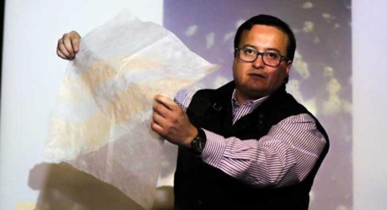 Şilili bir firma suda çözülen plastik olmayan poşet geliştirdi