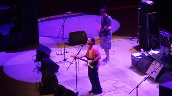 Duman'dan Ayvalık'ta konser