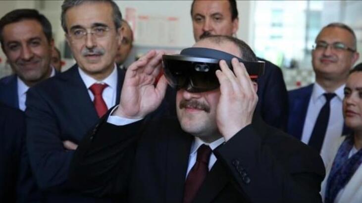 Bakan Varank'ın ilk ziyareti Teknopark İstanbul oldu