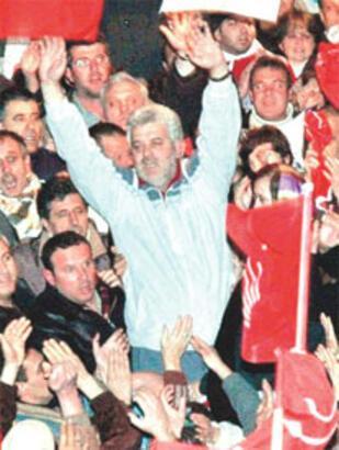 Tahliye edilen CHP'li başkan yeniden aday