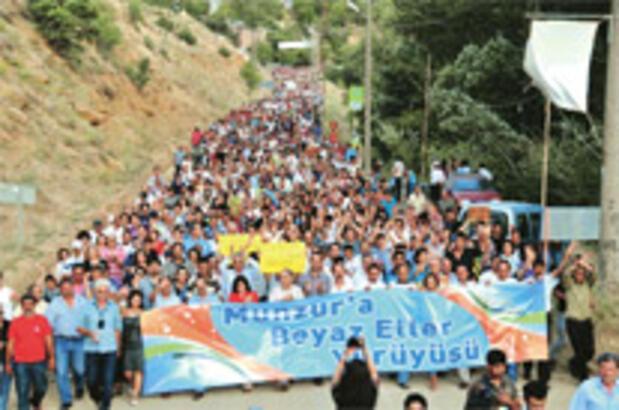 Munzur'da barajlara karşı 'Beyaz eller' yürüyüşü