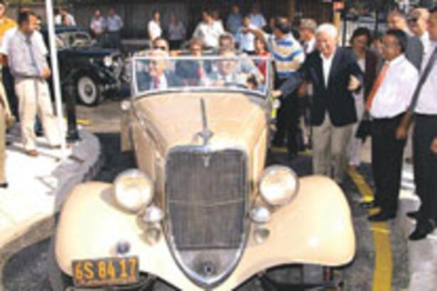 Baykal, 76 yaşındaki araçla açılış yapacak