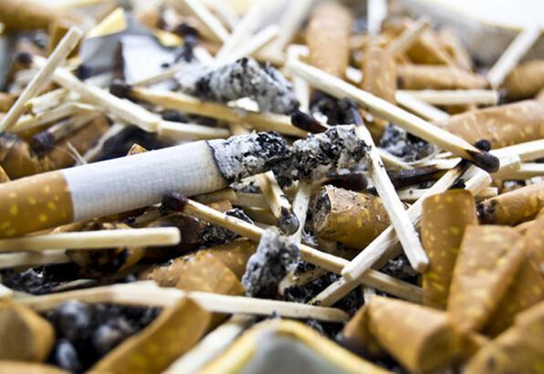 Eşiniz sigara içiyorsa tehlikedesiniz