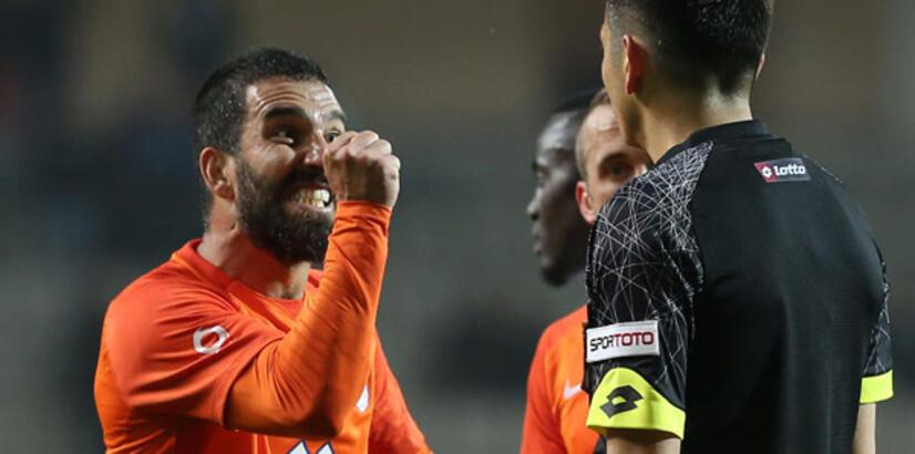 Son dakika: PFDK'dan Arda Turan'a 16 maç men cezası!