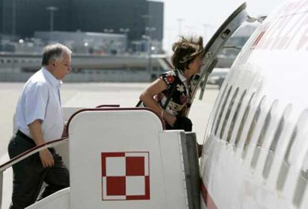 Polonya Devlet Başkanı'nın uçağı düştü