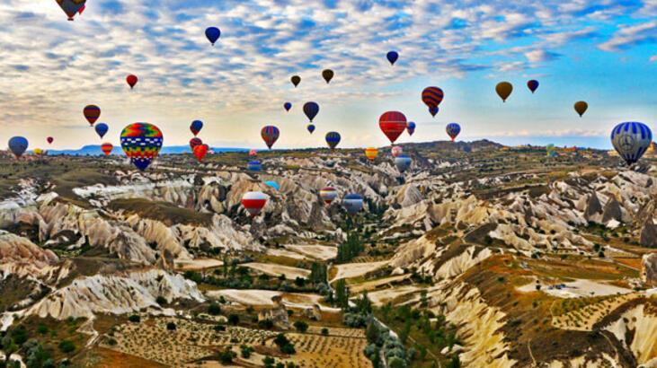 Turizm balonla uçtu