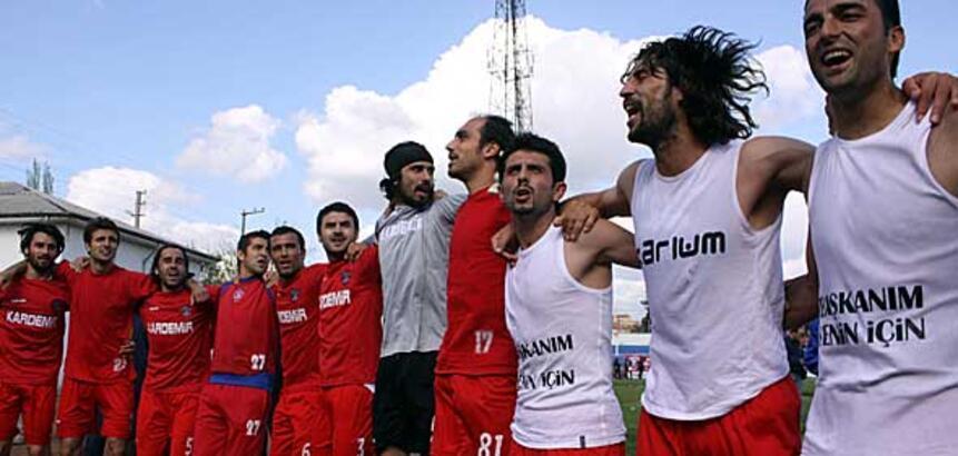 1 Mayıs'ta Taksim'de kutlamalara katılacak takım...