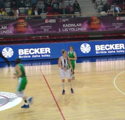 Becker'den Türk basketboluna katkı