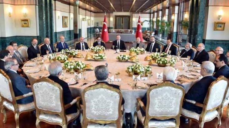 Erdoğan: Gül'ün Erivan'a maça gitmesi yanlıştı