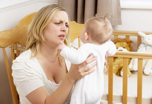 Annelik depresyona neden olabilir