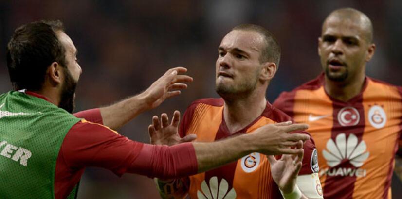 Wesley Sneijder 'resmen' ayrıldı!