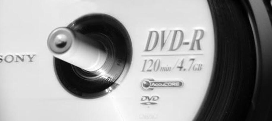 CD ve DVD'lerle boğuşmaya son