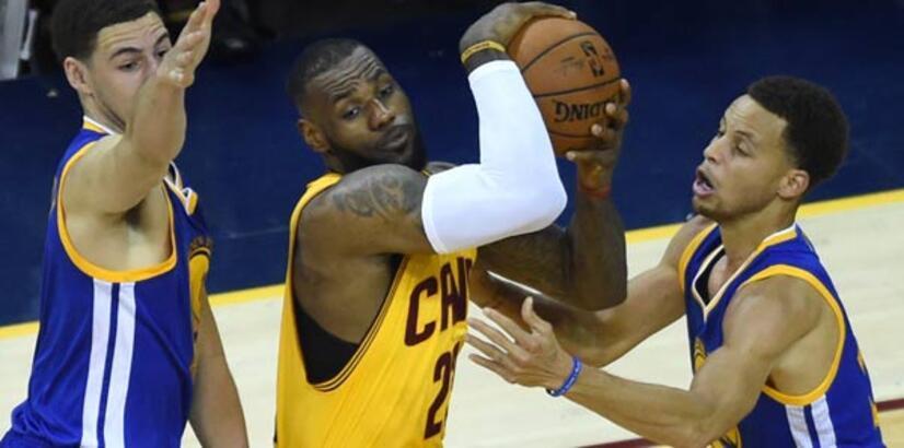 Curry, LeBron'a 'dur' dedi!